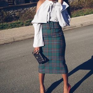 Zara plaid size Small pencil skirt